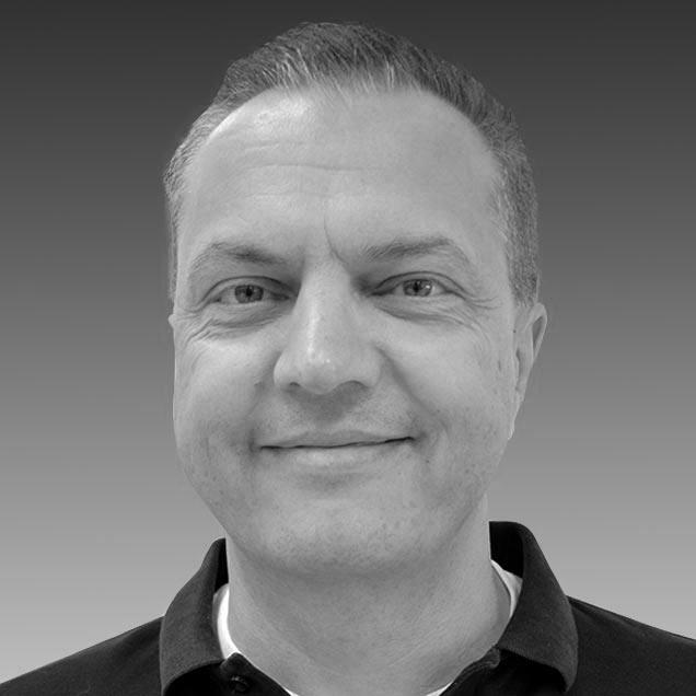 Holger Schmitt Director de Operaciones